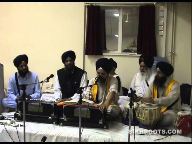 Bhai Harbhajan Singh (Amritsar Wale) - AKJ divaan, Wolverhampton 2002