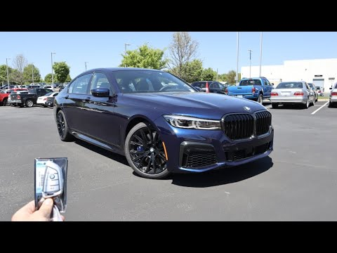 2022 BMW 750i xDrive: Start Up, Exhaust, Test Drive and Review