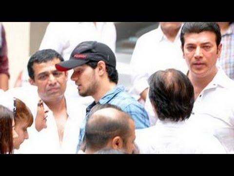 Sooraj Pancholi reaches Jiah Khan's Funeral