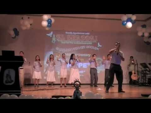 El Shaddai DWXI Dubai Gospel Choir - Stand Up And Him The Praise