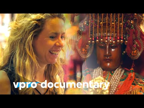 How in Taiwan spirituality and modern life goes together | VPRO Documentary