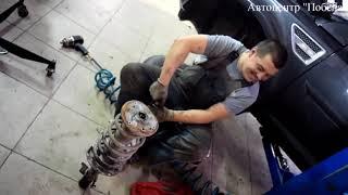 видео Замена задних амортизаторов Land Rover Freelander