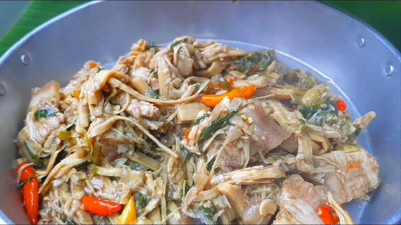 กับข้าวกับปลาโอ 578 : หมกหม้อหน่อไม้แซ่บๆ ทำง่าย ไม่ต้องห่อตอง steamed spicy bamboo shoot and pork