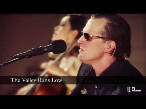 Joe Bonamassa - Live at Carnegie Hall: An Acoustic Evening [Trailer]