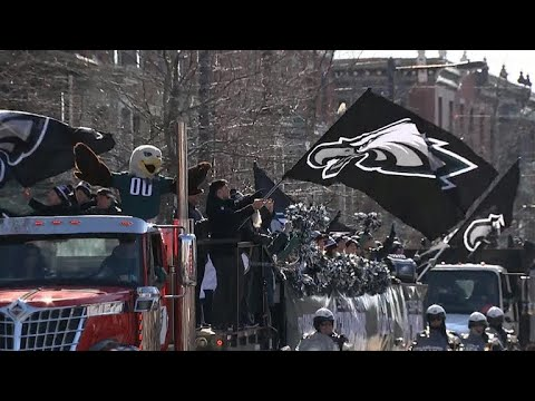 Eagles Fans Cele Te Super Bowl Victory With Parade