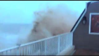 Dramatic Hurricane Sandy video of storm surge devastating Staten Island restaurant