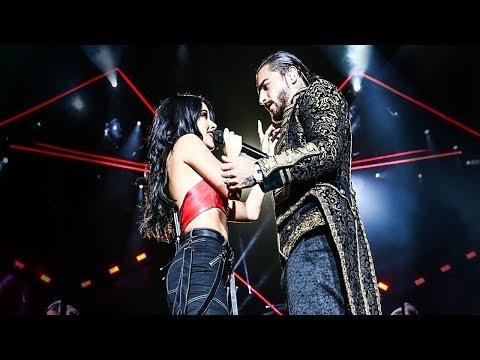 Becky G – Mayores (ft. Maluma – Live at The Forum)