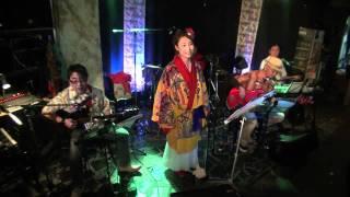 2011年11月05日うさぎや大宮店で行われたまぶい組のVocal、Guitarist、K...
