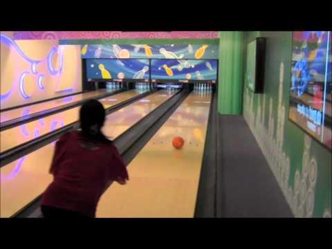 Vietnam 2012 [Part 3] Bowling