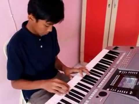 Andika Lutfi - Bunda by Melly Goeslaw [ Piano Cover ]