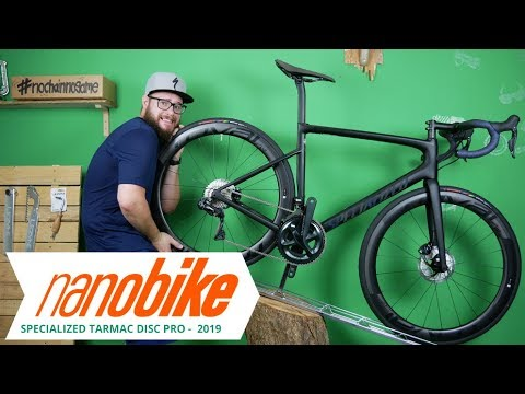 8a39df1644c Specialized Tarmac Disc Pro racing bike 2019 | Review (German | English Sub)