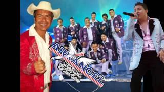 El Hombre Que Mas Te Amo, Dos Palomas Al Volar - Efrain Toledo Ft Arkangel Musica En Vivo