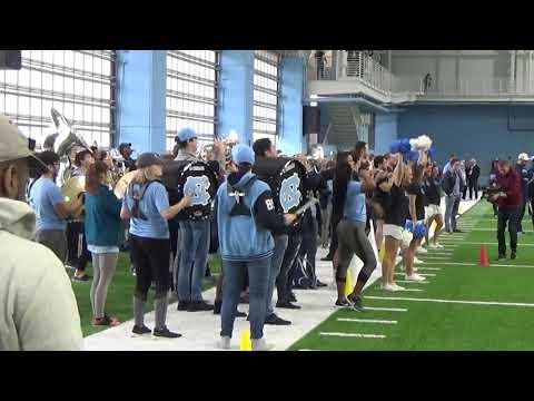UNC Tar Heels Spring Football Band   Cheerleaders Welcome Team