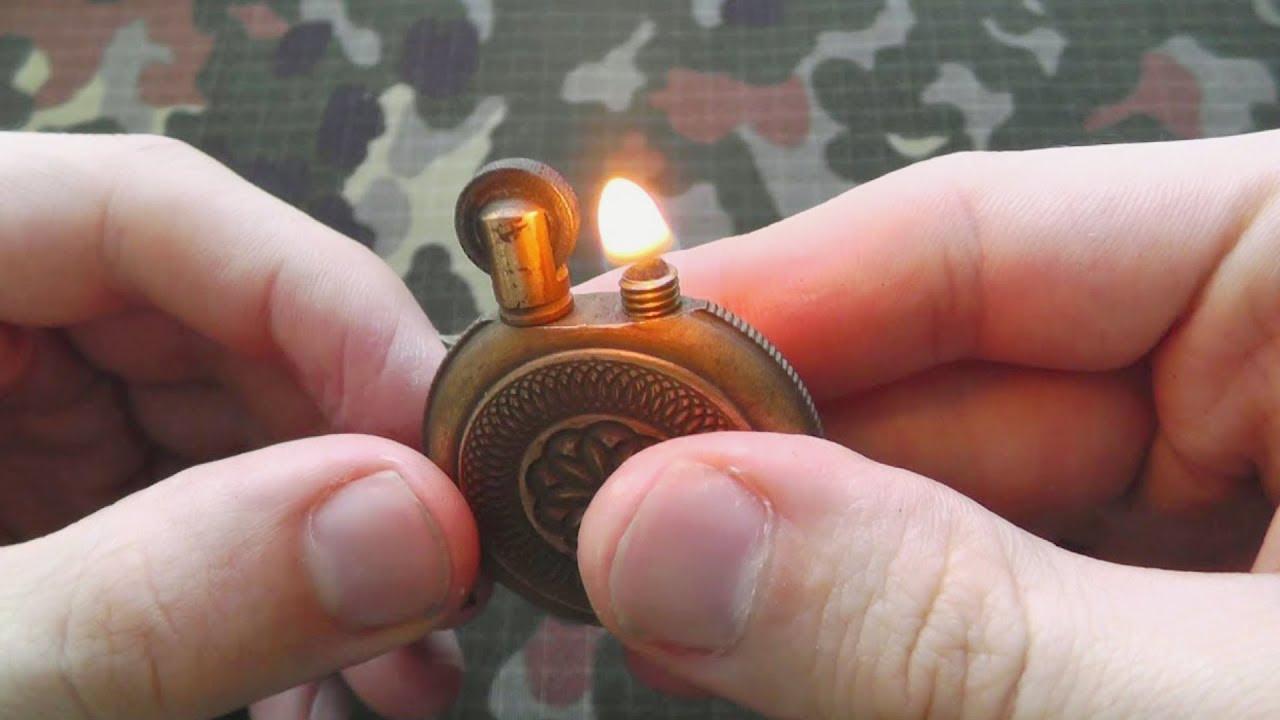 Бензиновые зажигалки zippo — это не просто необходимый аксессуар для многих людей. Эта марка давно стала признаком престижности и качества. Ведь не каждый производитель способен дать пожизненную гарантию на свою продукцию. Схема, по которой собираются зажигалки, очень проста,