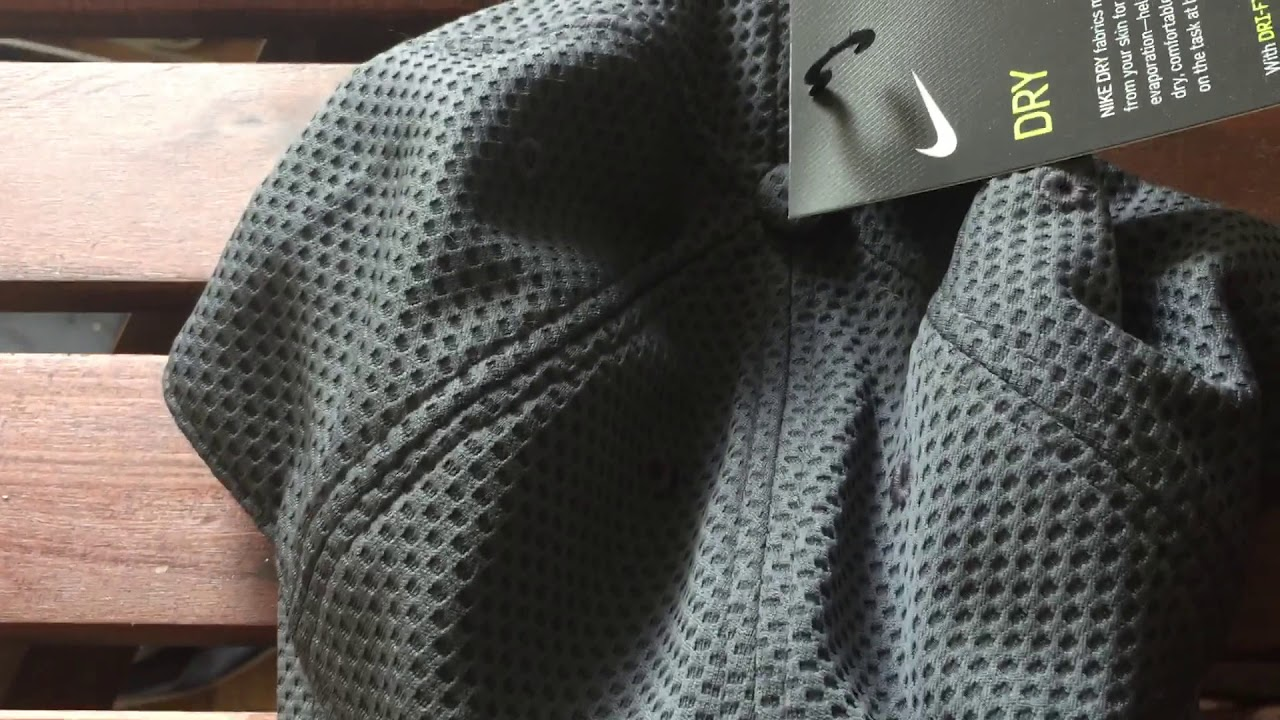 Nike Dri Fit tail wind cap unisex