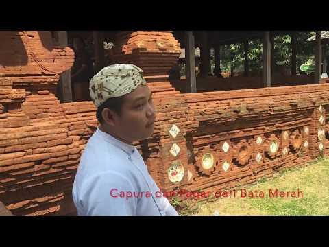 Melihat ke Dalam Keraton Kasepuhan Cirebon