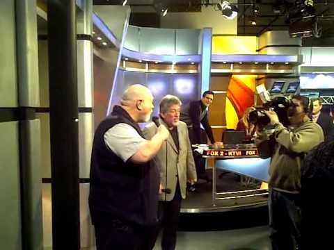 Celebrity Karaoke Fox 2