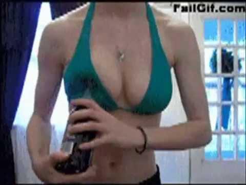 ariana grande getting naked