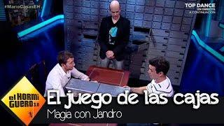 Pablo Motos reta a Mario Casas en el juego de las cajas - El Hormiguero 3.0