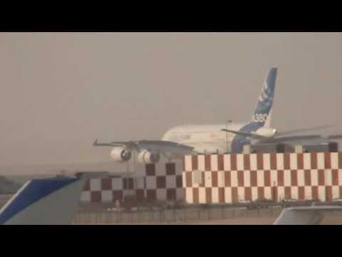 Dubai Airshow 13 Amcam