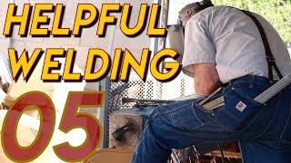 welding-the-gate-columns