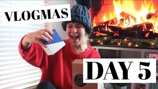 VLOGMAS DAY 5: secret santa, taking my first final, and getting sick :(