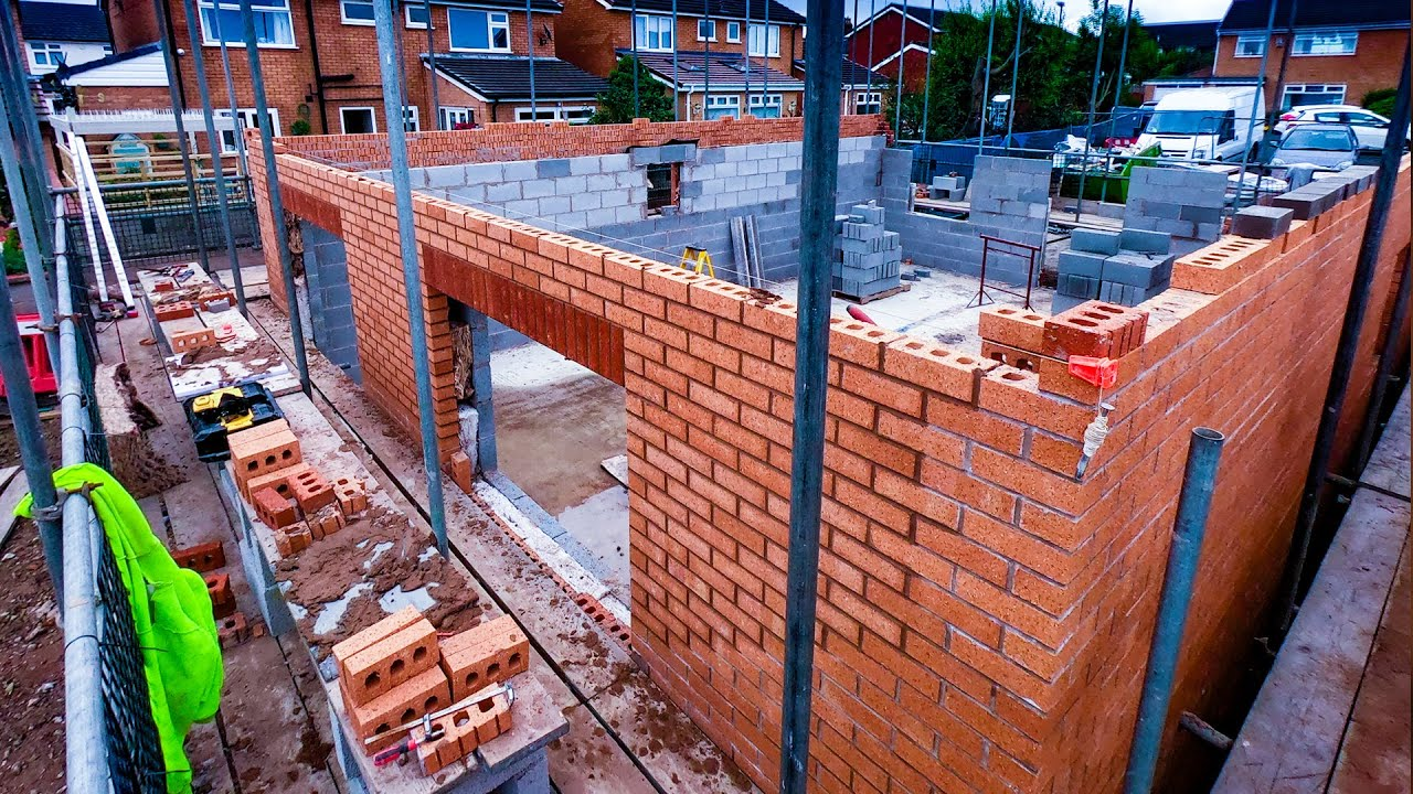 Bricklaying - More Progress on The New Homes - part 7