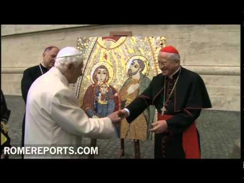 Benedicto XVI bendice el icono del Encuentro Mundial de las Familias de Milán
