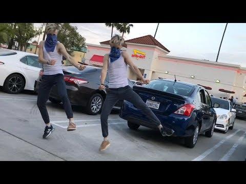 Famous Dex - Japan Challenge Dance / In-N-Out Burger Version / Twins #japanchallenge #japandance
