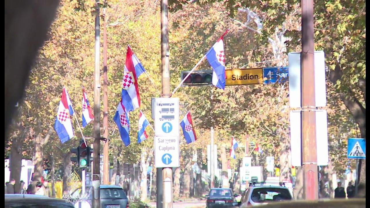 Smiju Li Se Vijoriti Zastave Herceg Bosne U Mostaru Bih