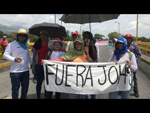 Honduran Security Forces Tear-Gas International Human Rights Delegation