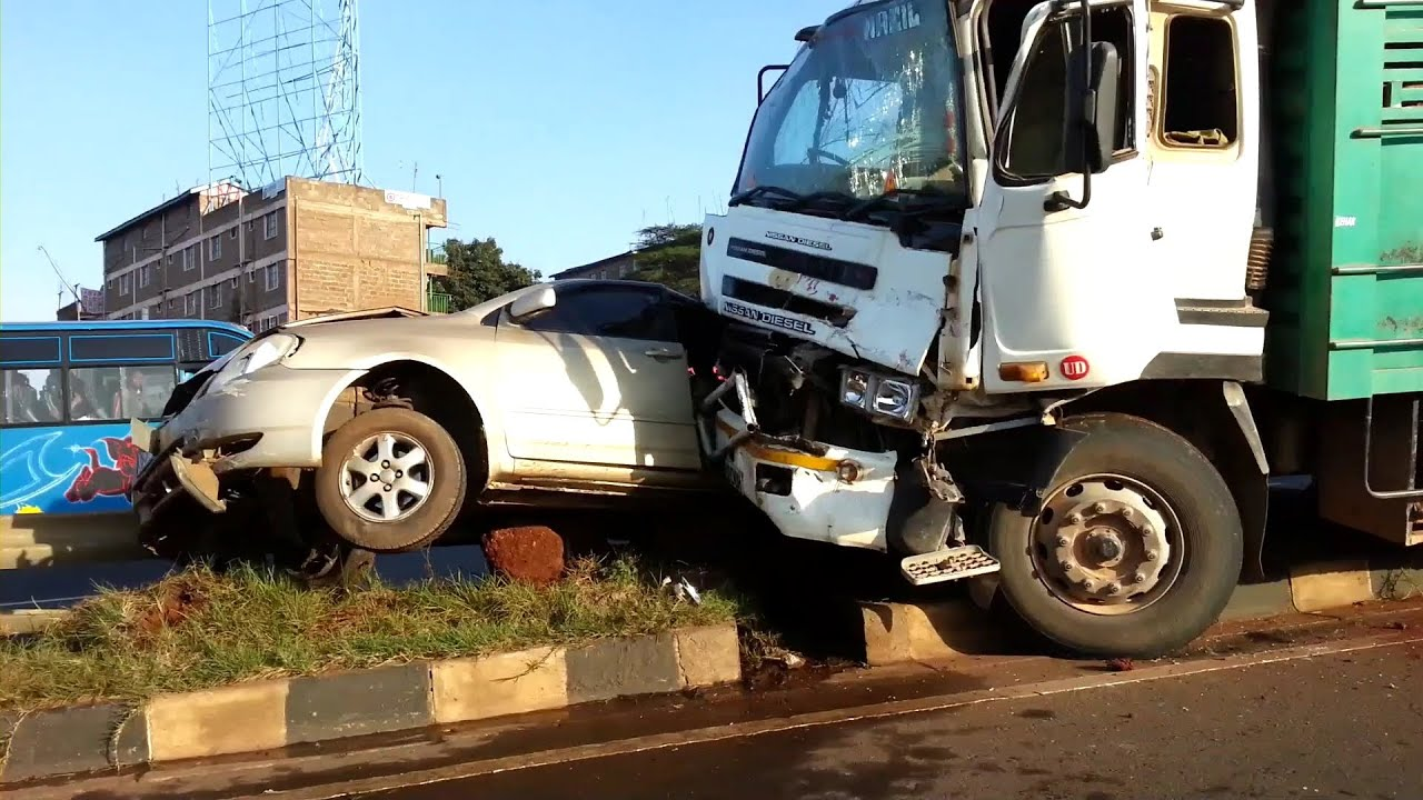 Accident Car pileup on thika road 05092013 - YouTube