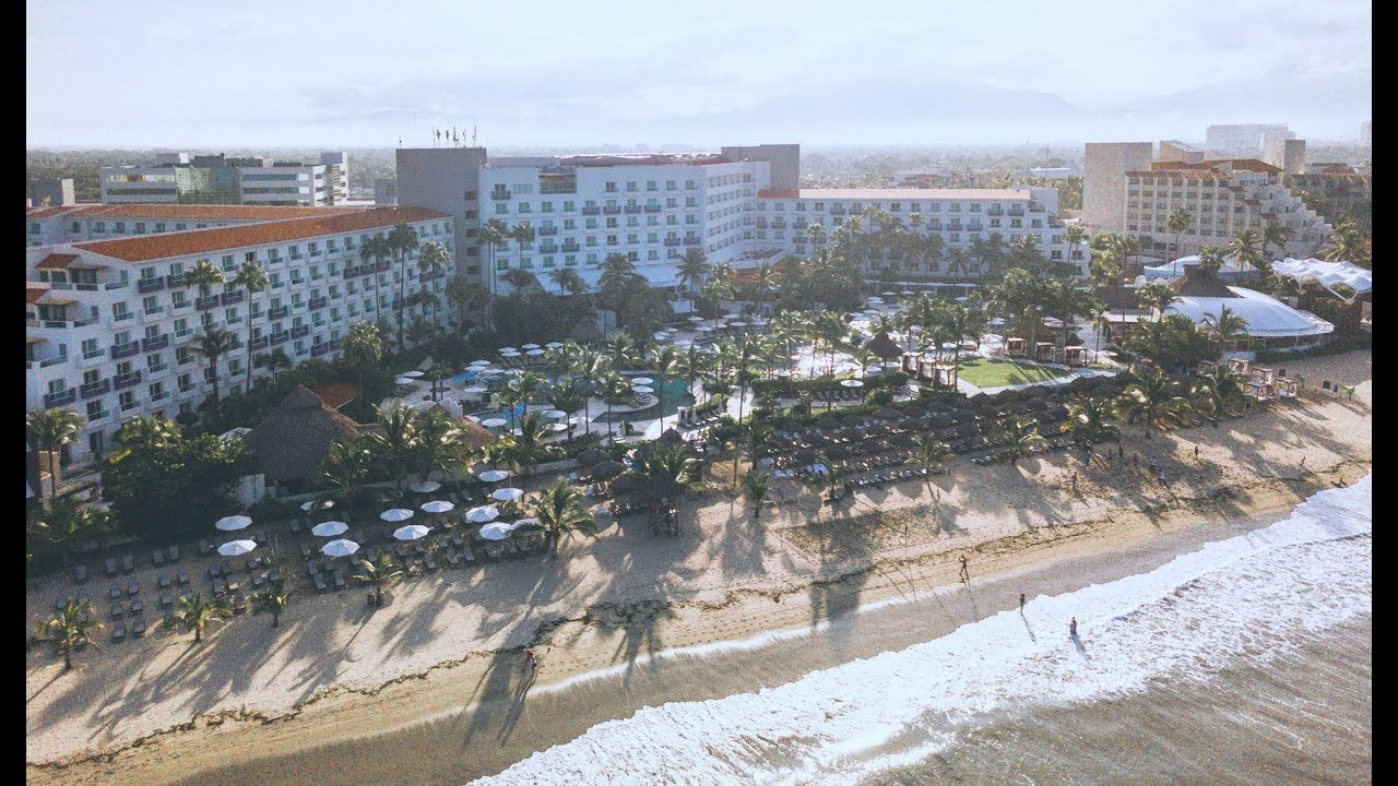 Hard Rock Hotel Vallarta: Luxury Resorts in Vallarta, Mexico