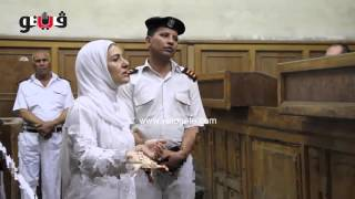 """بالفيديو"""" ياسمين النرش للمحكمة: 4 ضابطات هاجمنني في الحمّام ولفّقن لي المخدرات ( +18)"""