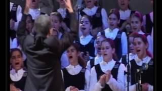 Bee Gees - Medley - Meninas Cantoras de Petrópolis