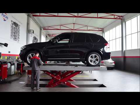 Установка порогов BMW X5 / Replacing A Rocker Panel