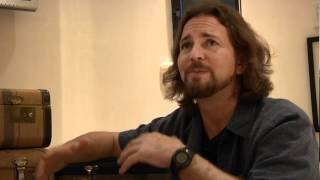 Pearl Jam - Hard To Imagine - The Fans Are Alright