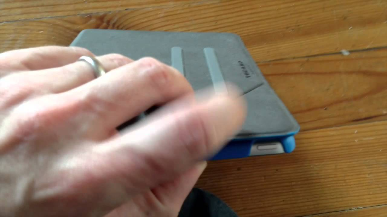 get cheap c02e4 b33ad Protection Angolo de Tucano pour iPad mini retina