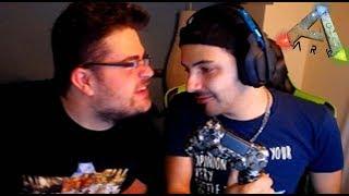 ARK EN PS4 CON NEFITA XDD (pantalla partida) - Nexxuz