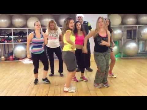 Zumba with Shlomit (Salo) - Prince Royce  Darte un Beso Videos De Viajes
