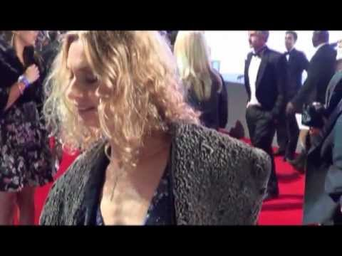 Maryam D'Abo On 'how She Keeps So Young Looking' @ Skyfall Premiere, London