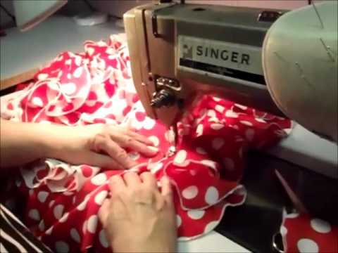 Faldas de lunares en rojo y blanco - YouTube