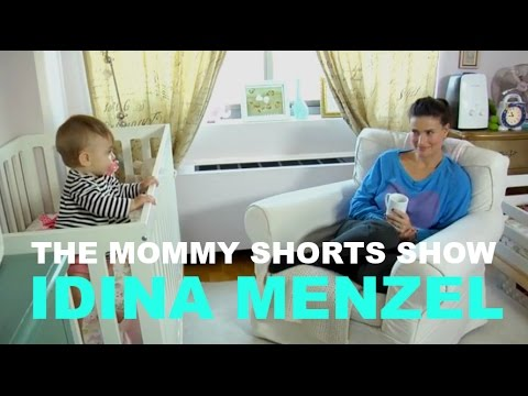 The Mommy Shorts Show: The One Where Harlow Beats Idina Menzel in a Staring Contest
