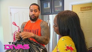Jimmy Uso cleans the junk food out of the house after he sees Naomi cheating on her clean diet. GET YOUR 1st MONTH of WWE NETWORK for FREE: ...