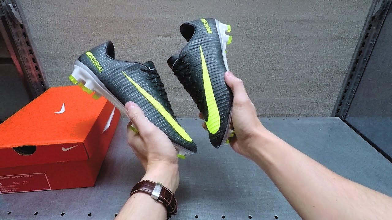 separation shoes bcf40 1c952 Nike Mercurial Vapor CR7 Discovery - For Cristiano Ronaldo   First Look    POV Unboxing - YouTube