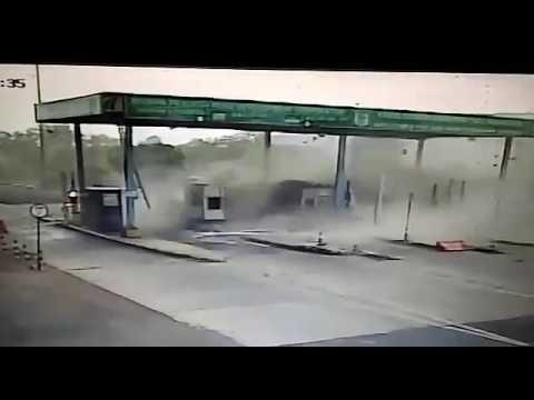 Storm at katangi toll plaza