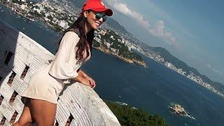 Acapulco El Faro en Isla Roqueta con Denisse Wolf