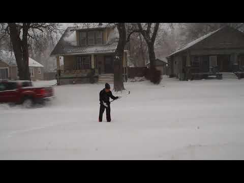 กล้องหล่นกลางหิมะ Snow Fall at Salina Kansas 01/11/18