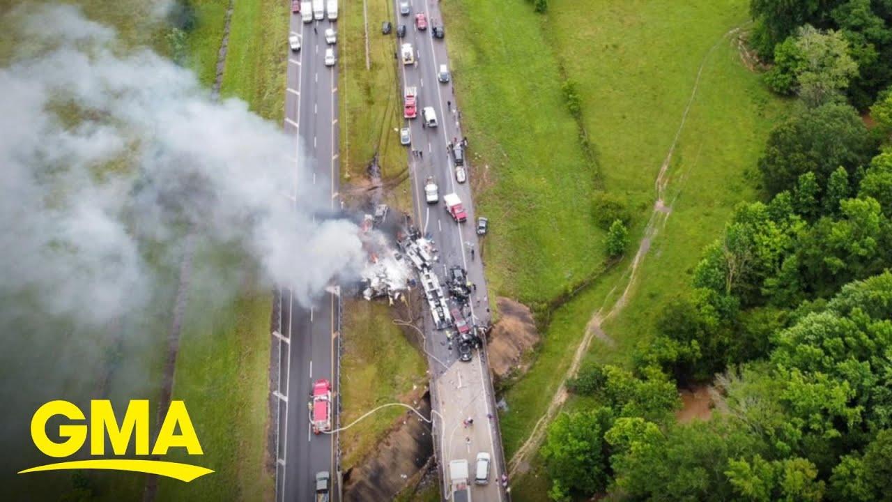 Download 10 killed in Alabama hydroplaning crash l GMA