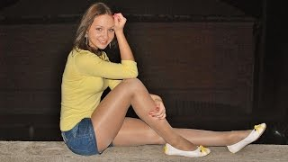 Sexy Chicks in Pantyhose Nylons & Ballerinas Flat Shoes #1